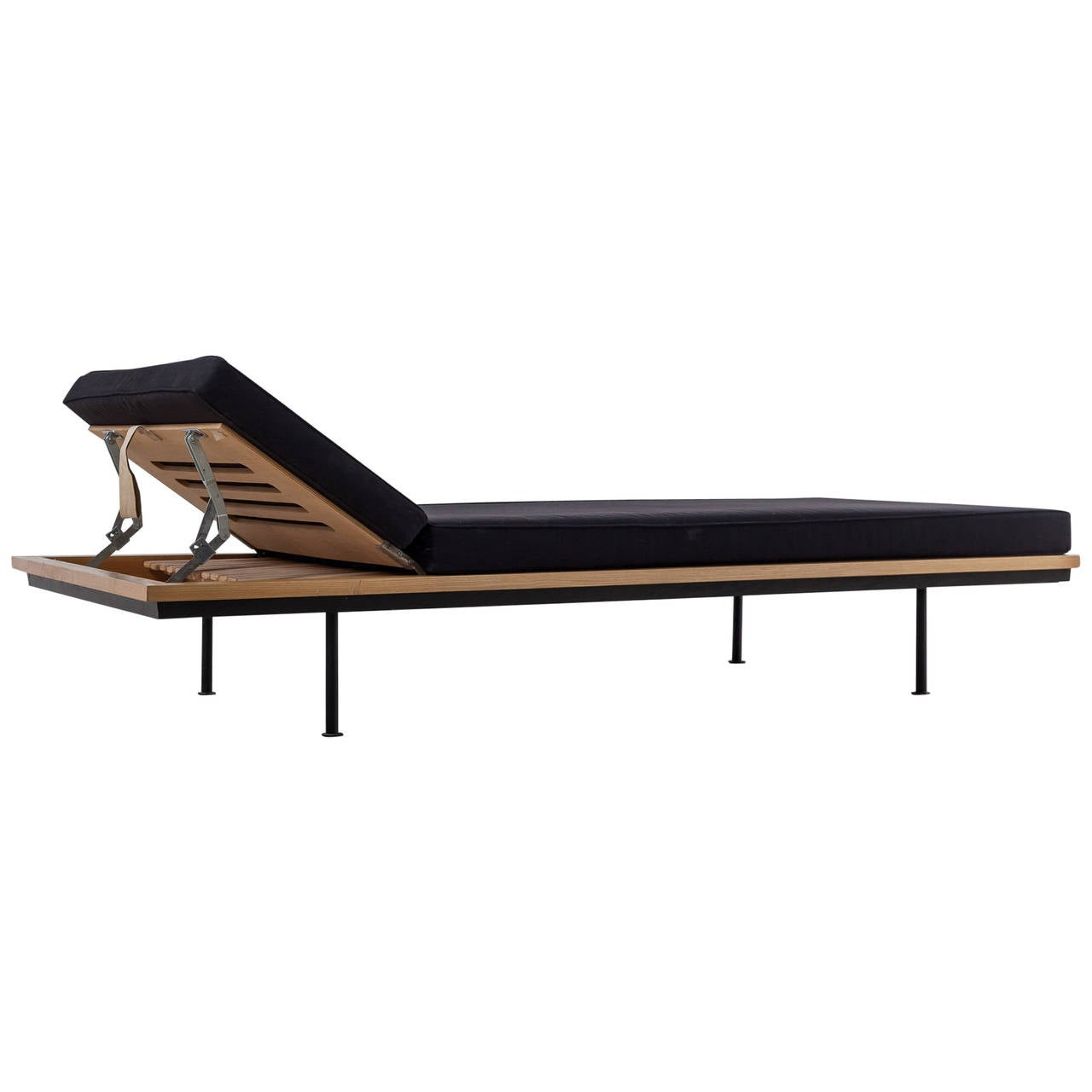 Kurt Thut Daybed with Adjustable Headrest, Swiss, 1950s For Sale