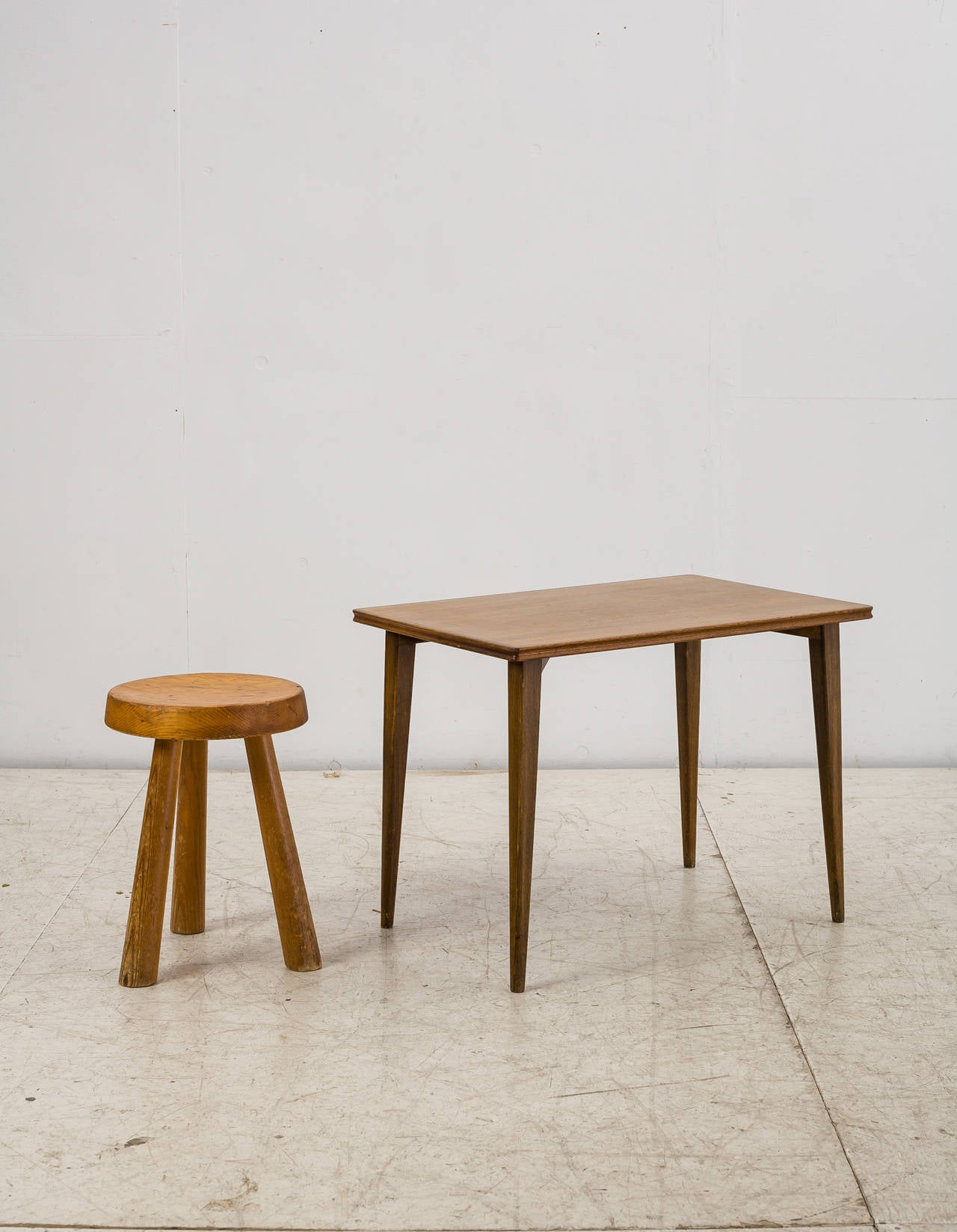 Mid 20th Century Palle Suenson Small Wooden Side Table, Denmark, 1940s For  Sale