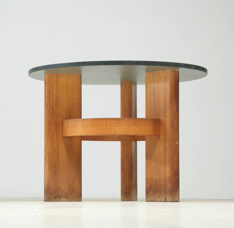 28 round glass table with oak legs lpd oporto round dining