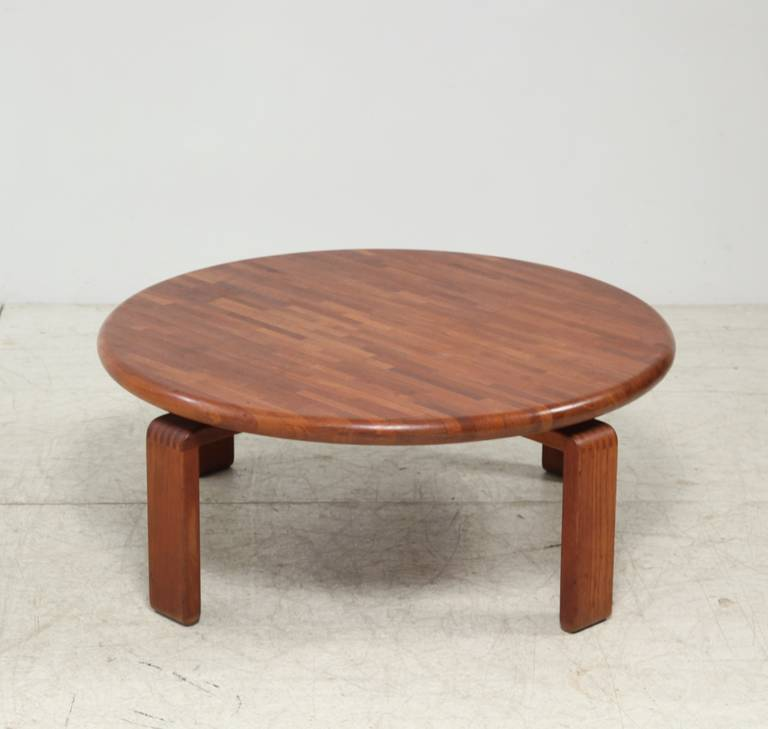 Round Wooden Slat Studio Coffee Table USA 1960s For Sale At 1stdibs