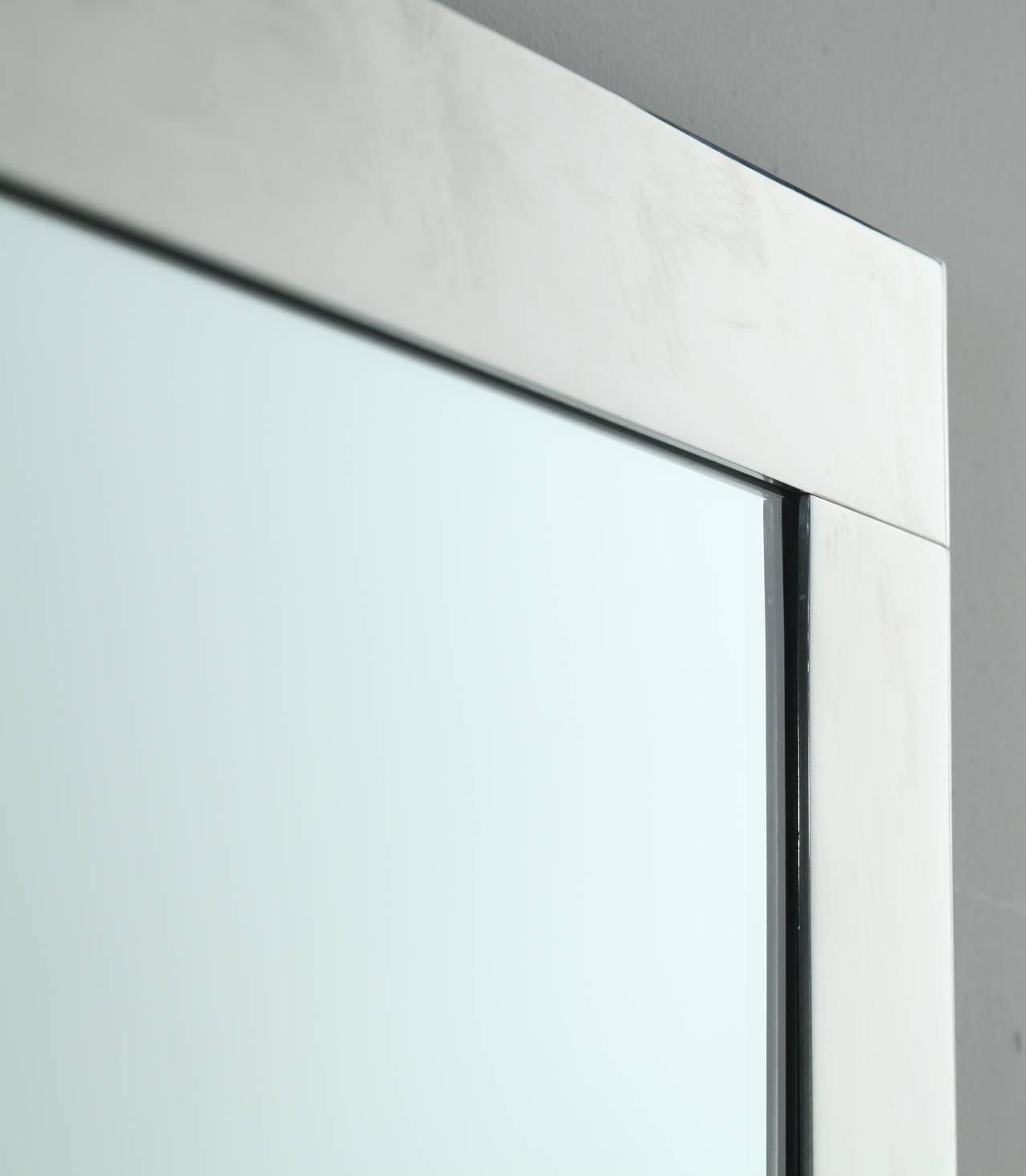 Large minimalist dominioni wall mirror for azucena italy for Minimalist art 1960