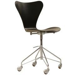 Early Arne Jacobsen height adjustable desk chair on wheels