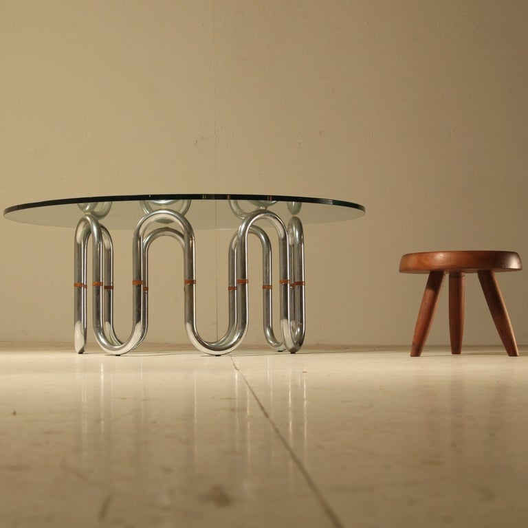 Mid-Century Modern Sidetable with flexible chrome legs and wooden connections, 1960s For Sale