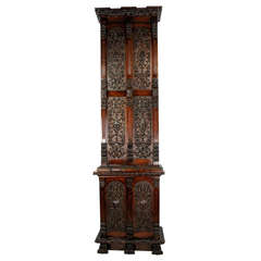Exquisite Early 19th Century Irish Country House Gun Cabinet