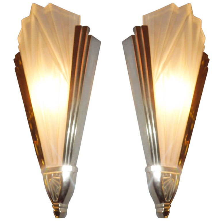 Art Deco Wall Sconce Light Fixtures : Art Deco Sconces from Degue at 1stdibs