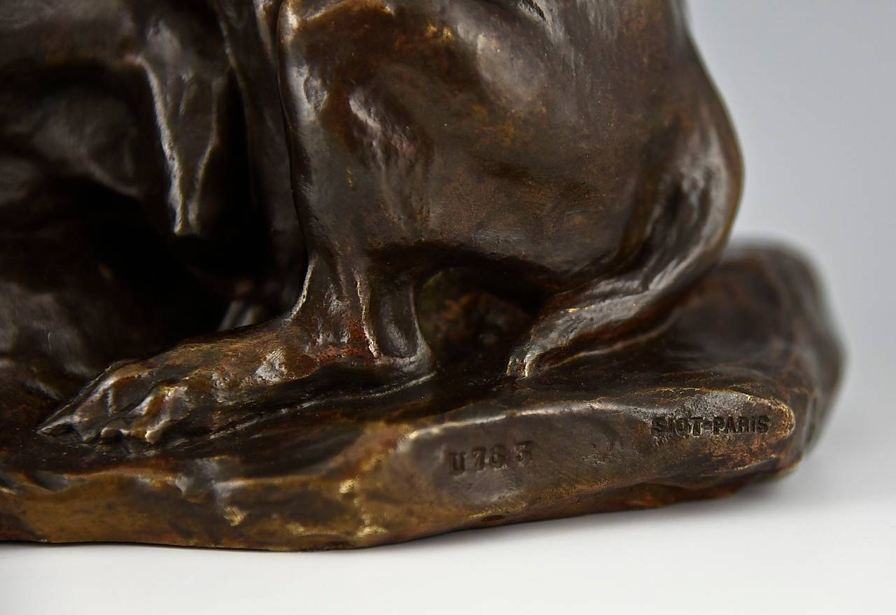 Bronze Bulldog sculpture by Thomas Cartier France 1900  For Sale 3