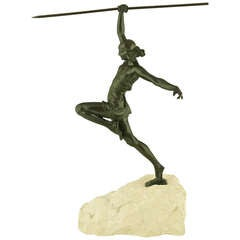 Art Deco female javelin thrower by Pierre Le Faguays, France 1935.