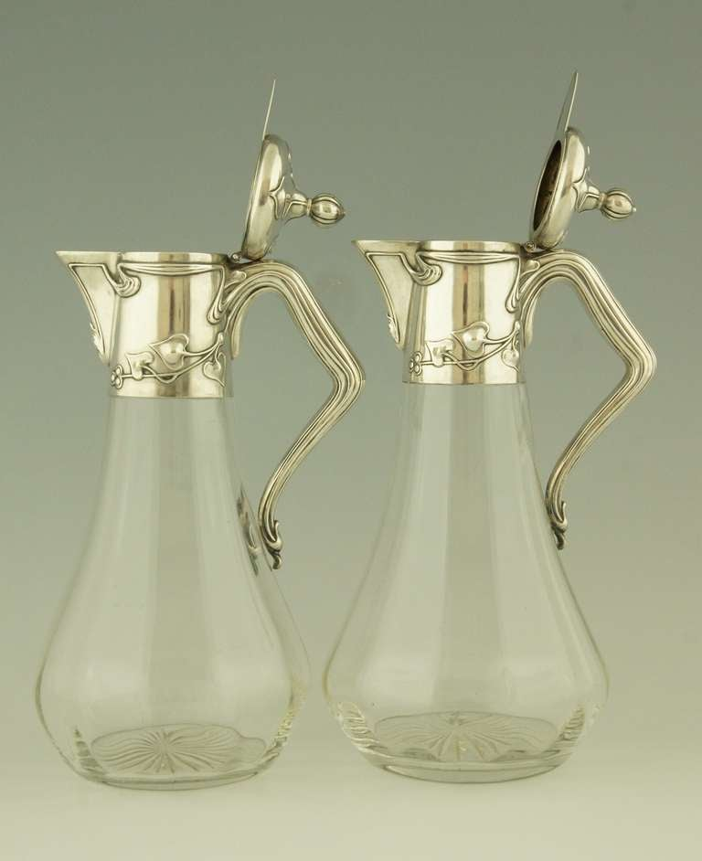 Pair of art nouveau german silver decanters by koch and for Koch 3 winde