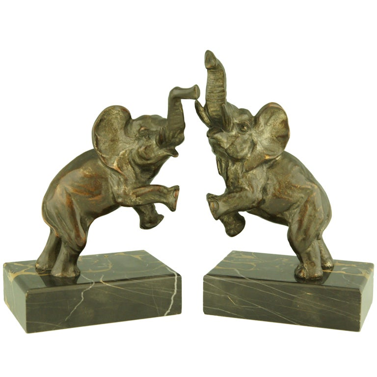 art deco bronze elephant bookends by fontinelle at 1stdibs. Black Bedroom Furniture Sets. Home Design Ideas