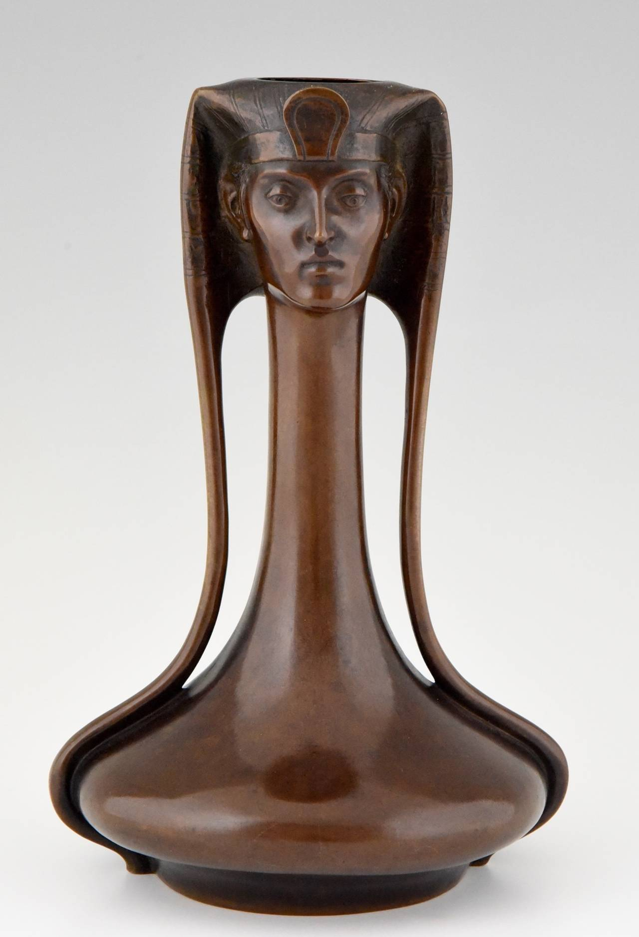 Art Nouveau Vienna bronze Egyptian vase with Pharaoh by A. Canciani 2