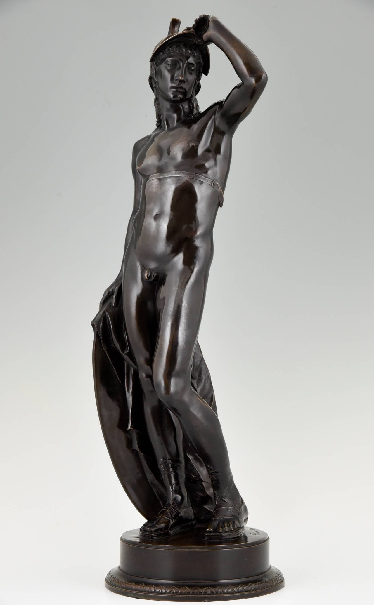German Antique Bronze Sculpture of a Male Nude by Alfred Raum, Rome, 1903 For Sale