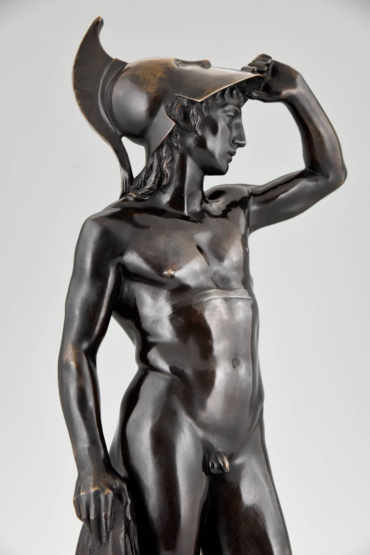 Antique Bronze Sculpture of a Male Nude by Alfred Raum, Rome, 1903 In Good Condition For Sale In Antwerp, BE