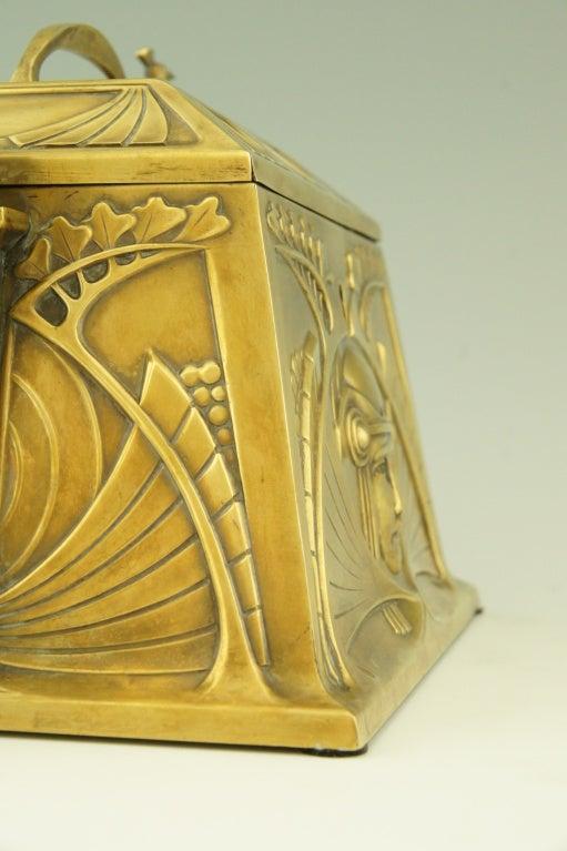 Art Nouveau jewelry box by WMF 10