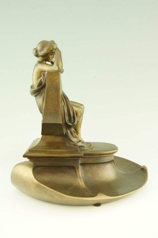Art Nouveau bronze inkwell by Max Blondat. In Good Condition In Antwerp, BE