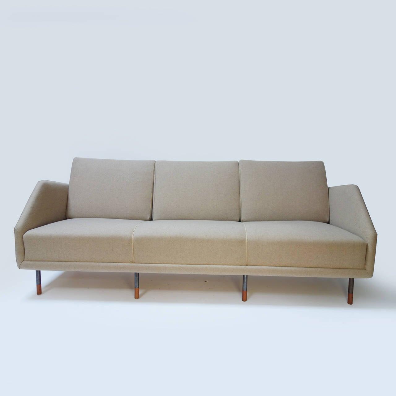 Elegant sofa model by finn juhl at 1stdibs for Elegante sofas