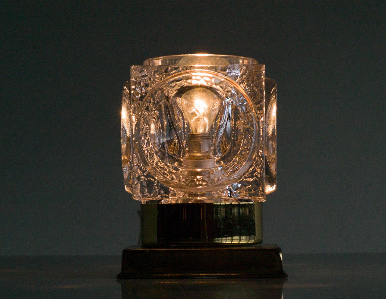 Peill and Putzler Ice Cube Table Lamp For Sale at 1stdibs