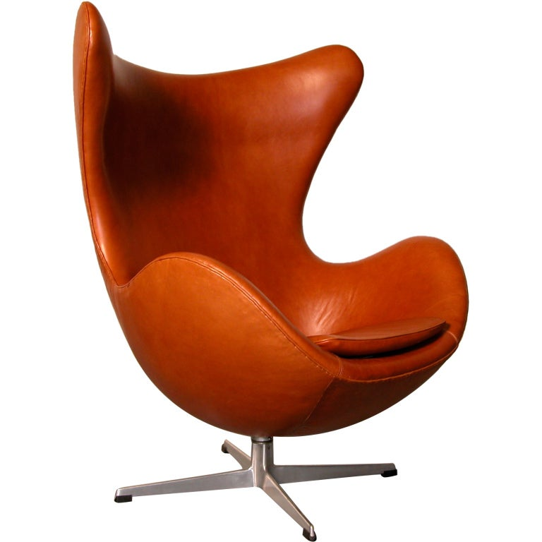 egg chair designed by arne jacobsen for fritz hansen at. Black Bedroom Furniture Sets. Home Design Ideas