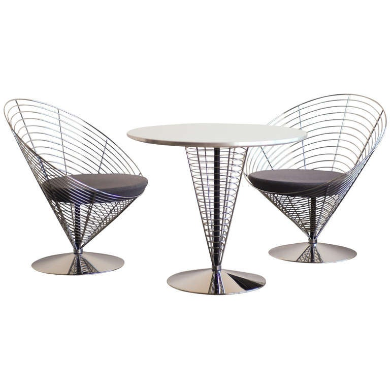 Panton Cone Chairs And Table, Model V 8800/V 8820 For Sale
