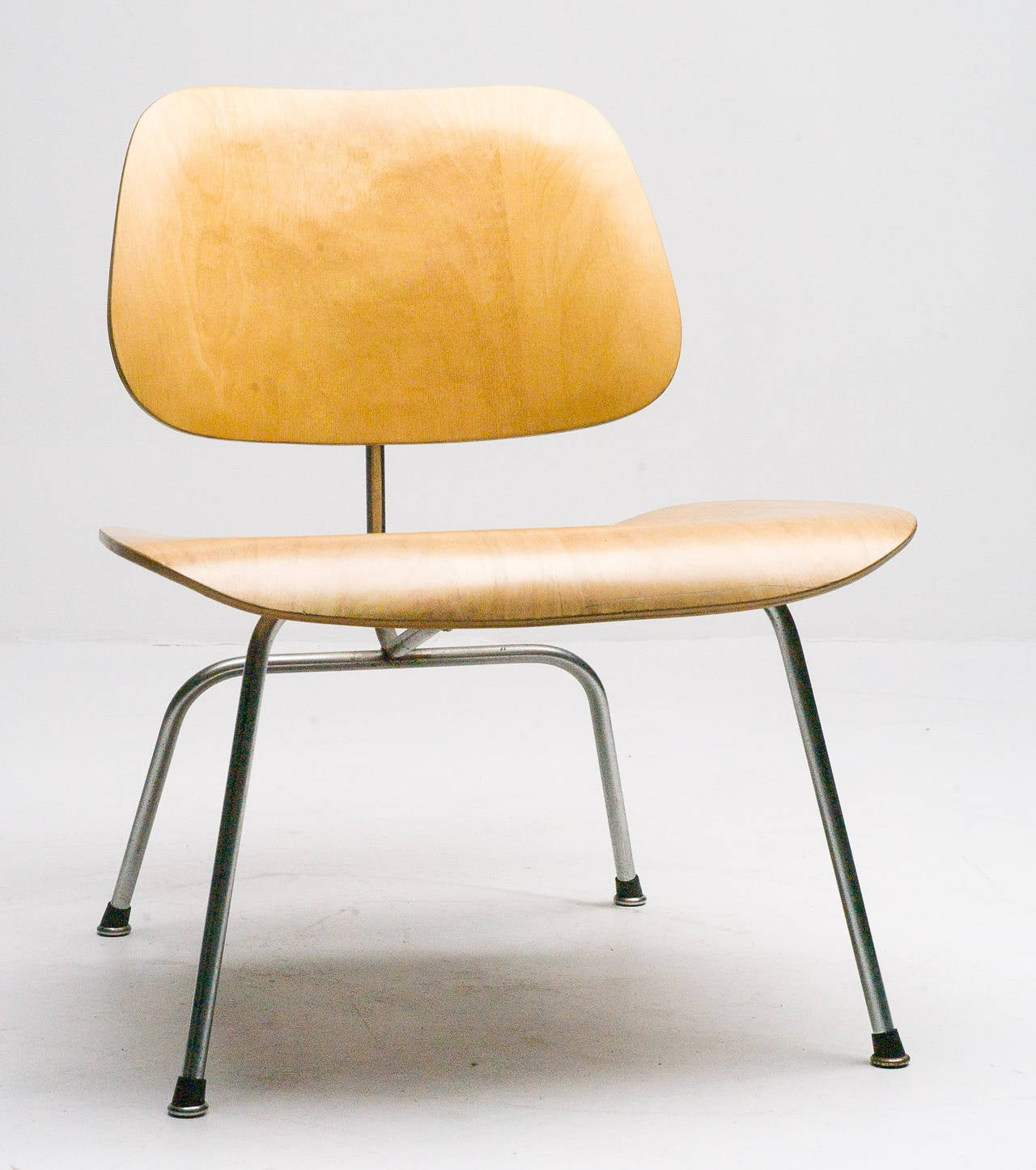 eames shell chair on original eiffel base 1950s for sale. Black Bedroom Furniture Sets. Home Design Ideas