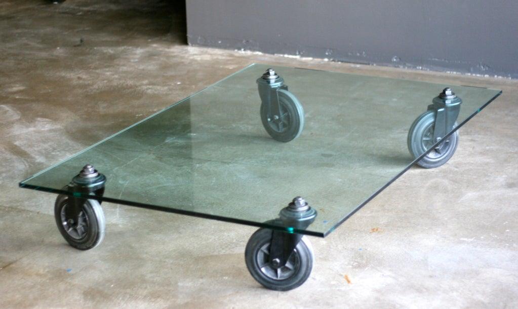 Gae aulenti tavolo con ruote at 1stdibs - Tavolo con ruote ...