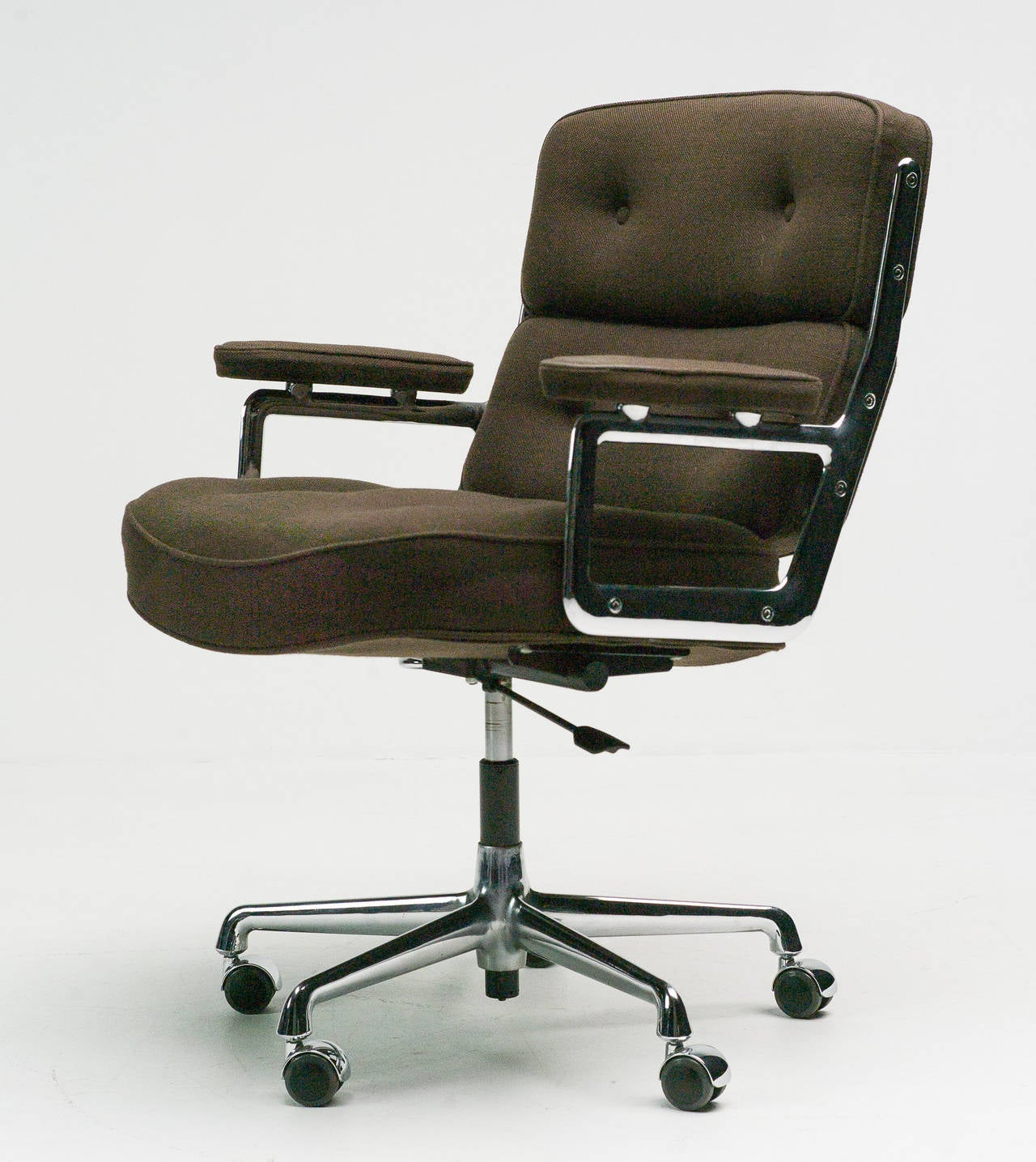 vitra eames desk chairs vitra eames desk chairs bedroommarvellous eames office chair soft