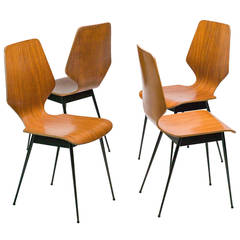 Elegant Italian, 1960s, Plywood Dining Chairs Attributed to Carlo Ratti