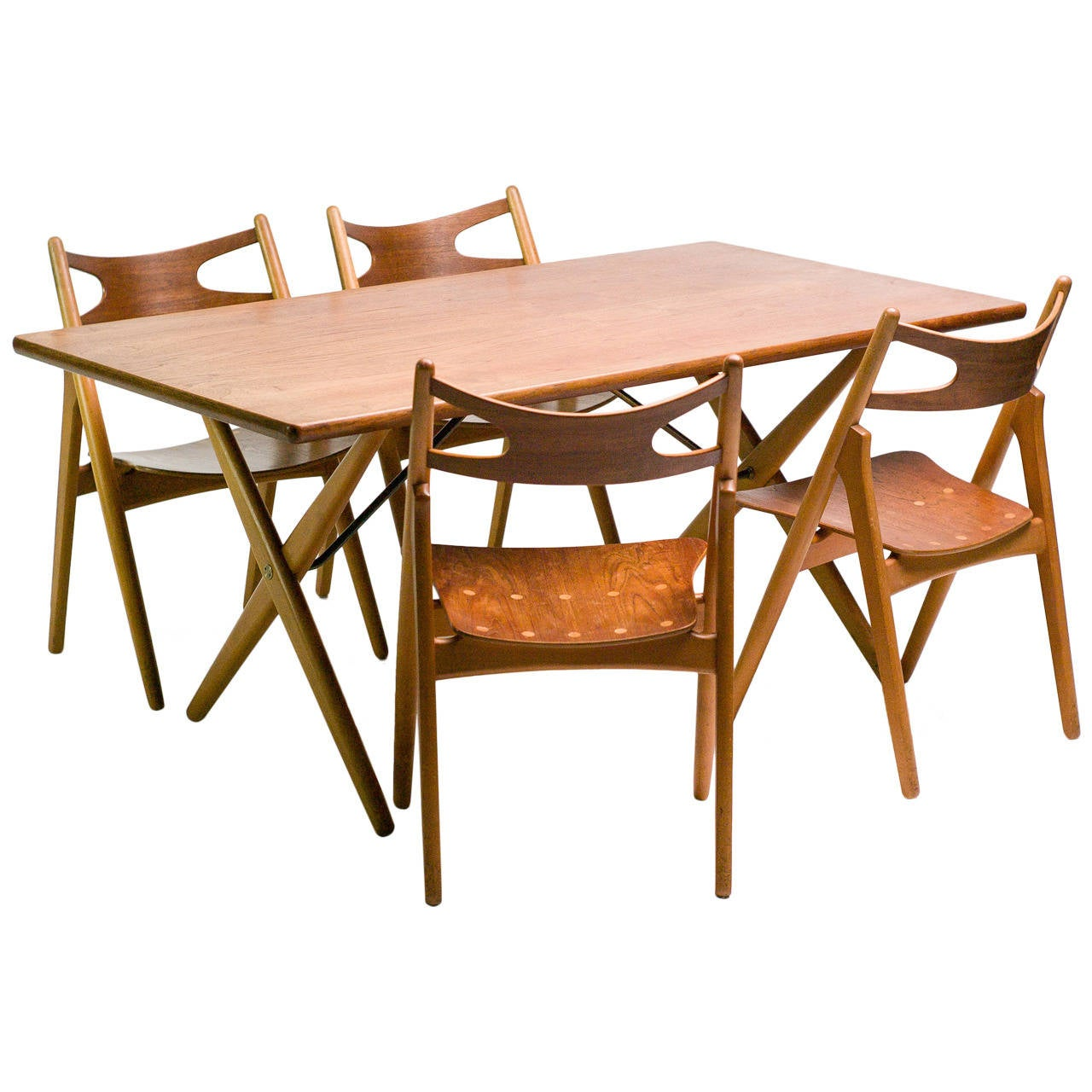 Hans wegner ch29 sawbuck dining chairs with matching at for Matching dining room furniture