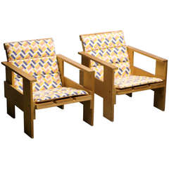 """Pair of Early Rietveld Cassina Crate Chairs with Original """"de Stijl"""" Cushions"""