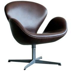 Swan Chair in Dark Chocolate Leather by Arne Jacobsen for Fritz Hansen