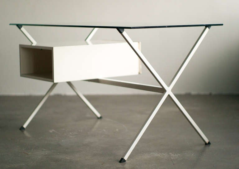 Desk Designed In 1958 By Franco Albini For Knoll International. In Fair Condition For Sale In Dronten, NL