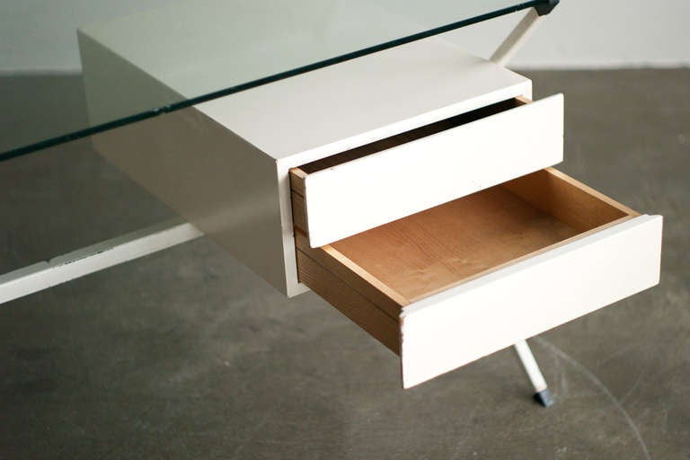 Wood Desk Designed In 1958 By Franco Albini For Knoll International. For Sale