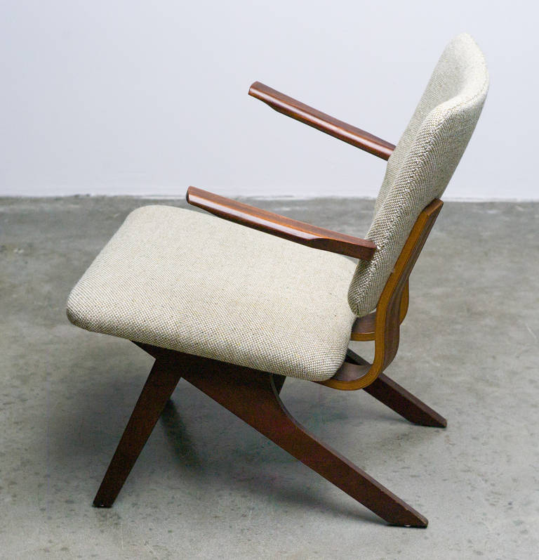 Dutch Mid-Century Modern Lounge Chair, 1952 9