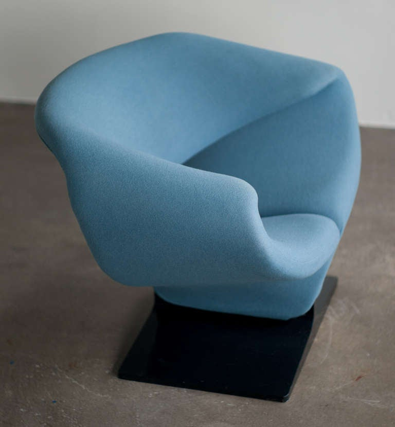Pierre Paulin Ribbon Chairs In Missoni Fabric At 1stdibs: Ribbon Chair Designed In 1966 By Pierre Paulin For
