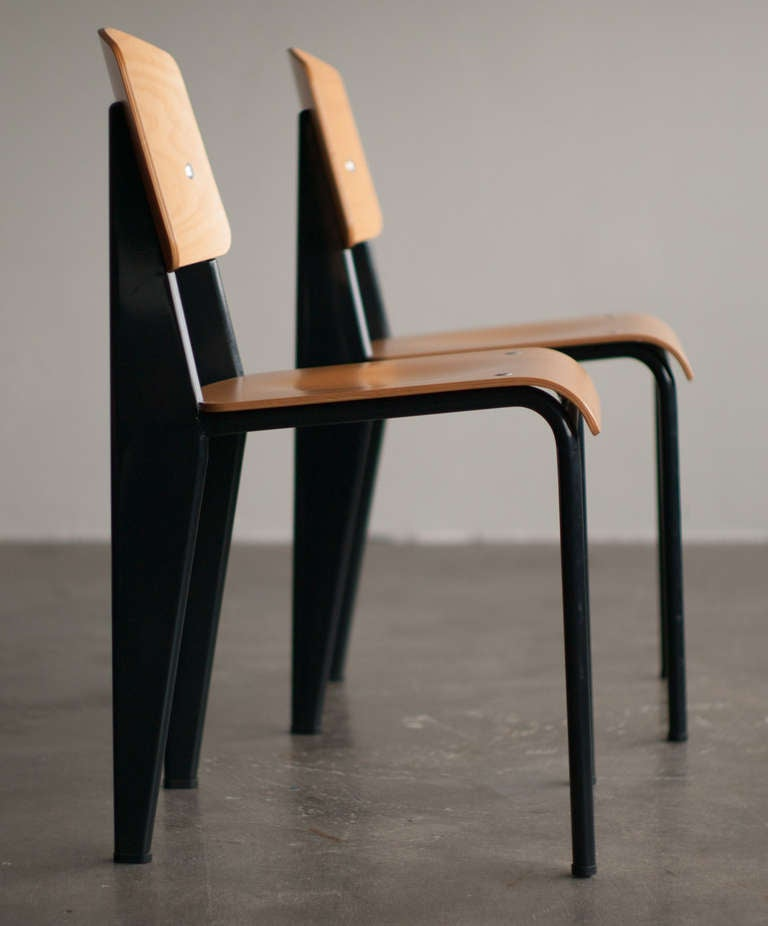 Standard chair, Jean Prouvé, first re-edition by Vitra in beech. 2
