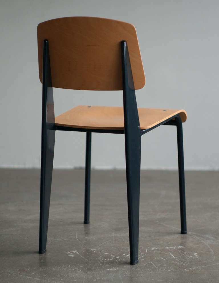 Standard chair, Jean Prouvé, first re-edition by Vitra in beech. 4