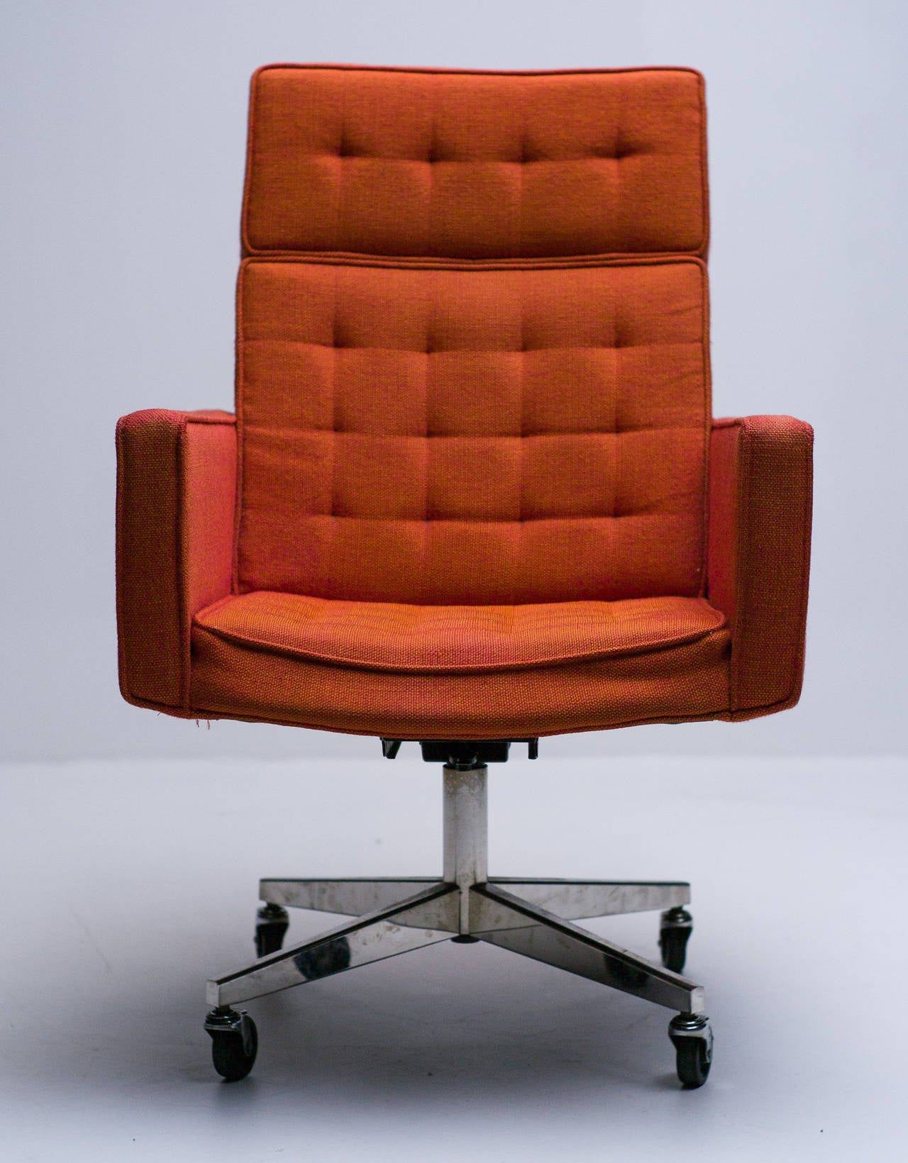 Early 1960 S Knoll Cafiero Executive Chair At 1stdibs
