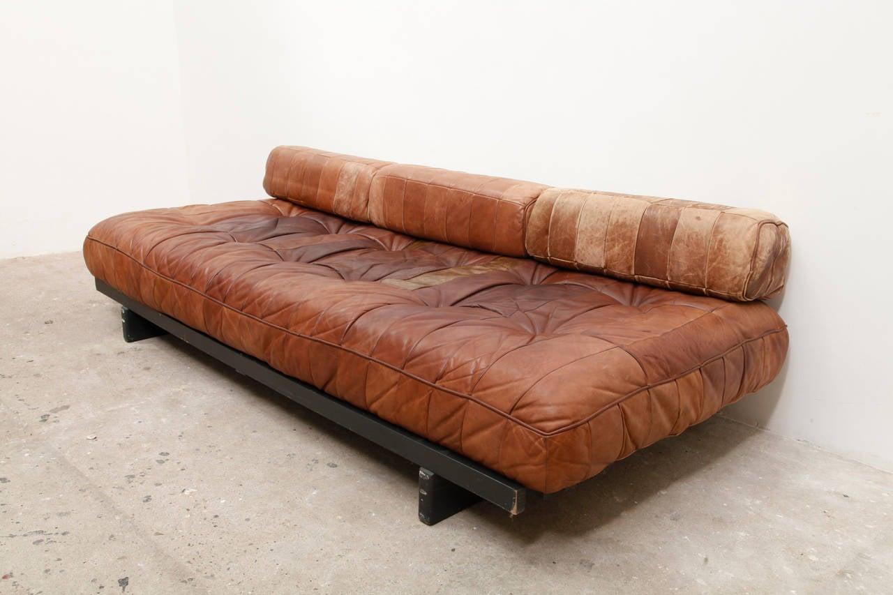 de sede daybed and sofa ds80 at 1stdibs. Black Bedroom Furniture Sets. Home Design Ideas