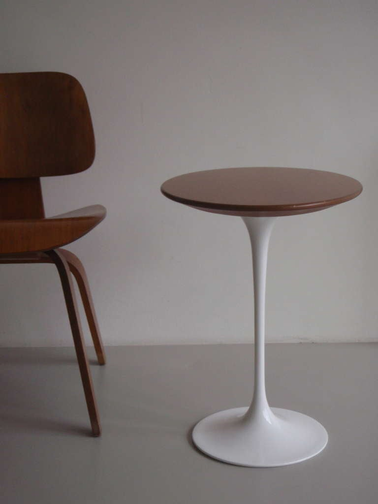 Eero Saarinen Wooden Oval Pedestal Side Table By Knoll At