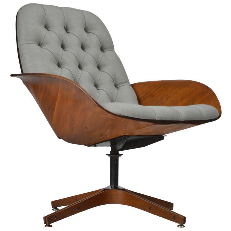 George Mulhauser by Plycraft Swivel Lounge Chair at 1stdibs