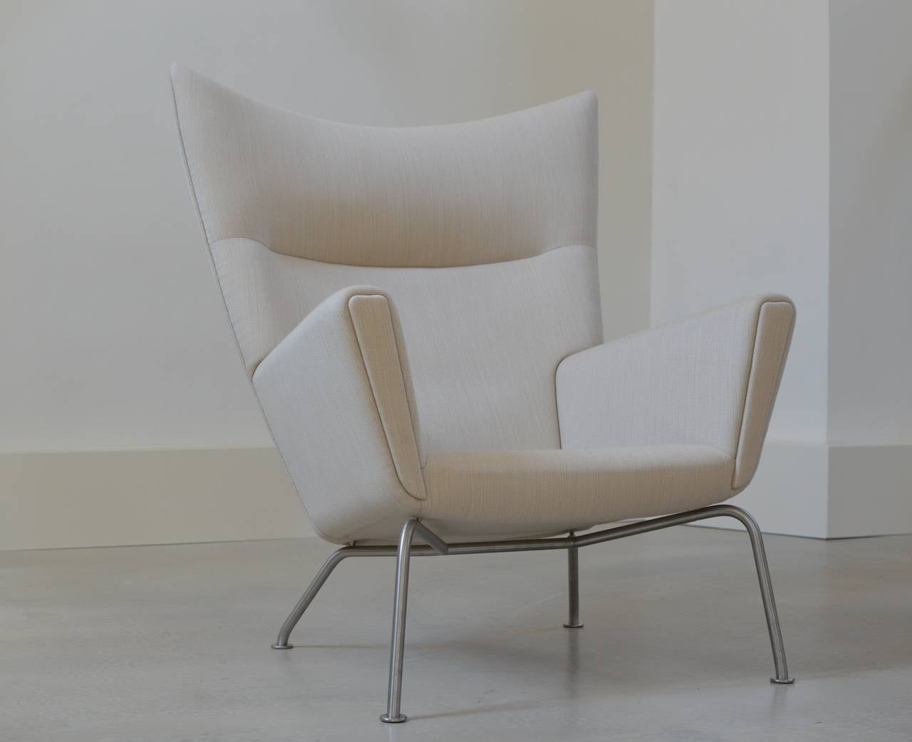 Hans Wegner Wing Chair By Carl Hansen At 1stdibs