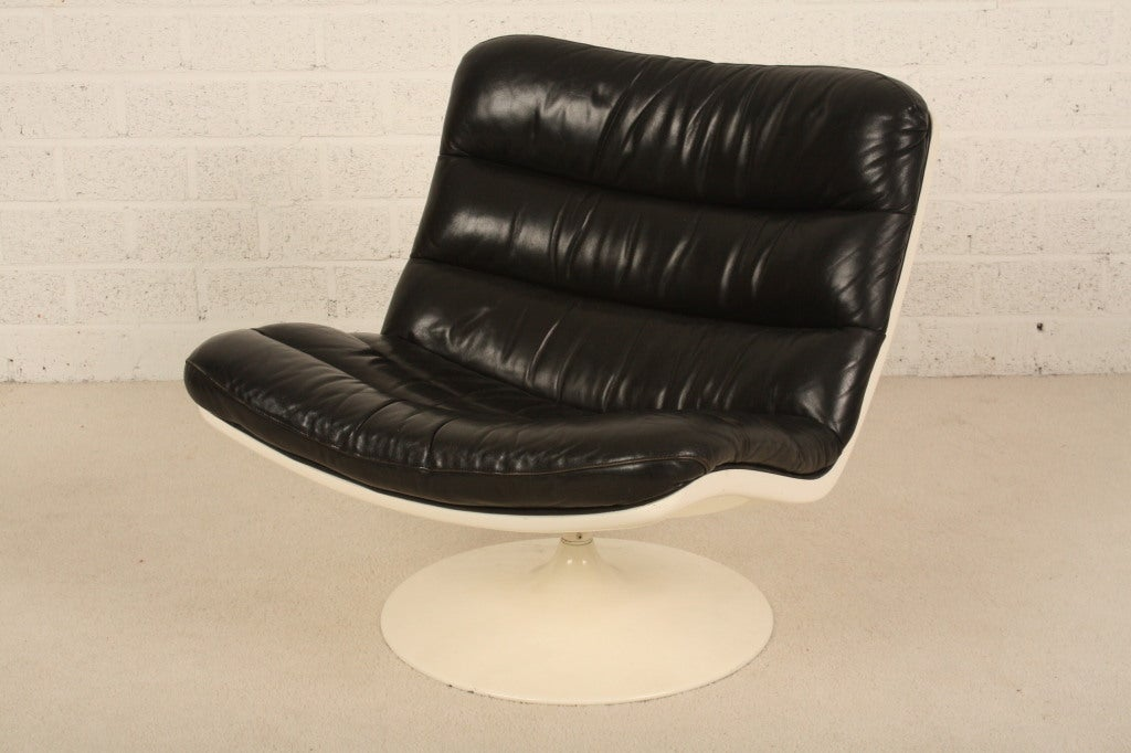 Dutch Harcourt black leather nice patine for Artifort 2