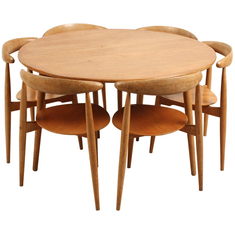 Danish Hans Wegner Three Legged Dining Set At 1stdibs
