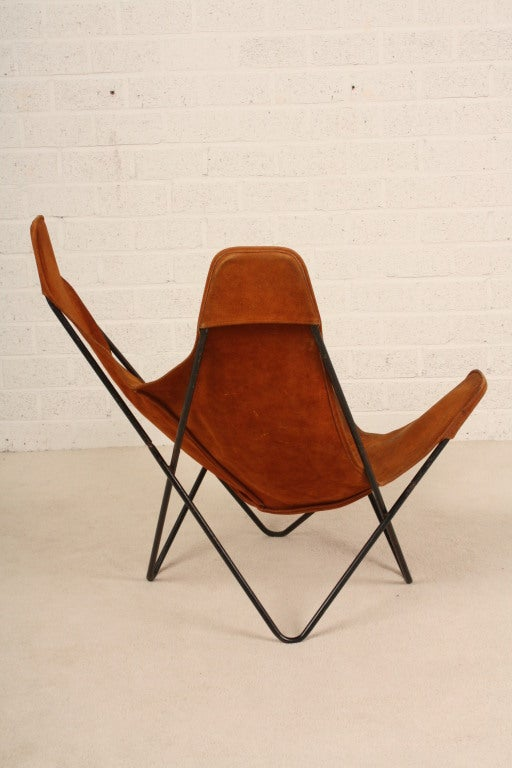 hardoy butterfly suede leather nice patine sculptural chair at 1stdibs. Black Bedroom Furniture Sets. Home Design Ideas