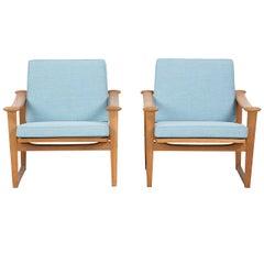 In the style of Finn Juhl Set of Oak Chairs for Pastoe designed by Nissen