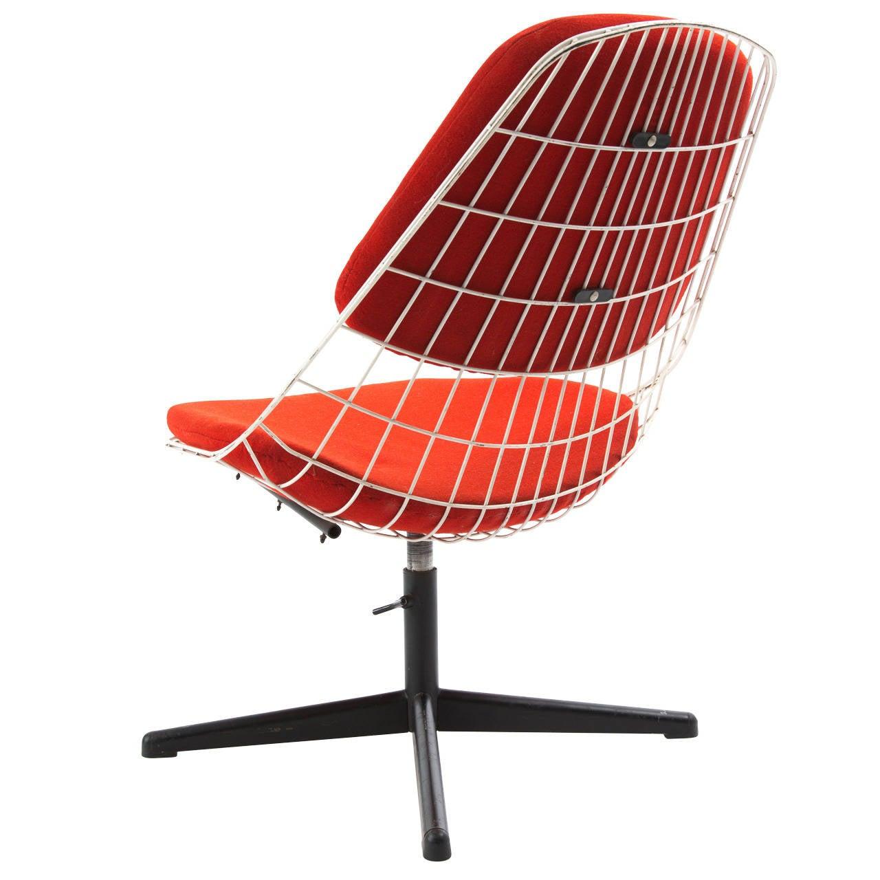 Cees Braakman for Pastoe Swivel Chair
