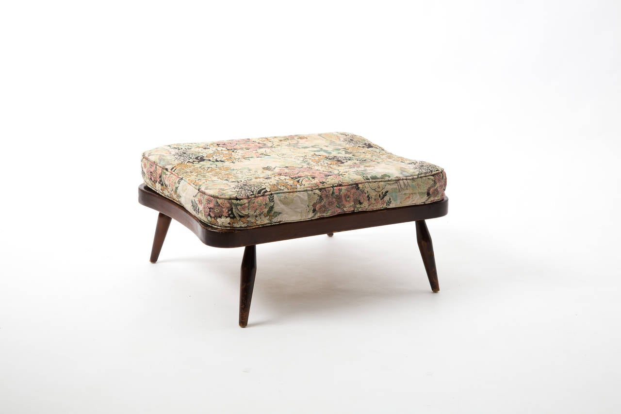 Ercol sofa plus footstool with romantic embroidery at 1stdibs : Ercol19van19l from www.1stdibs.com size 1280 x 853 jpeg 50kB