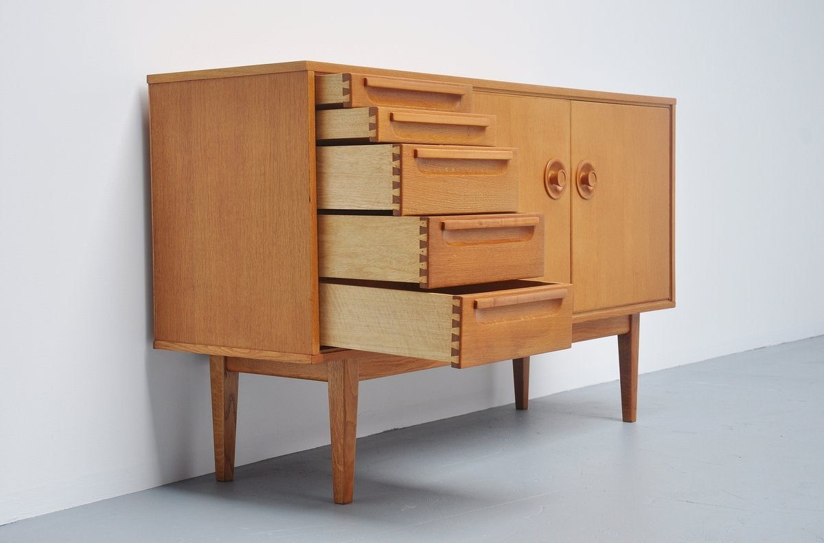 mart stam credenza for pastoe ums 1949 for sale at 1stdibs. Black Bedroom Furniture Sets. Home Design Ideas