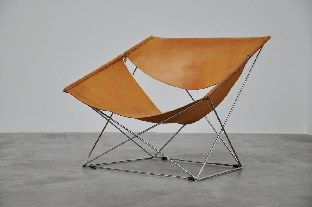 Pierre Paulin Butterfly Chair F675 For Artifort At 1stdibs