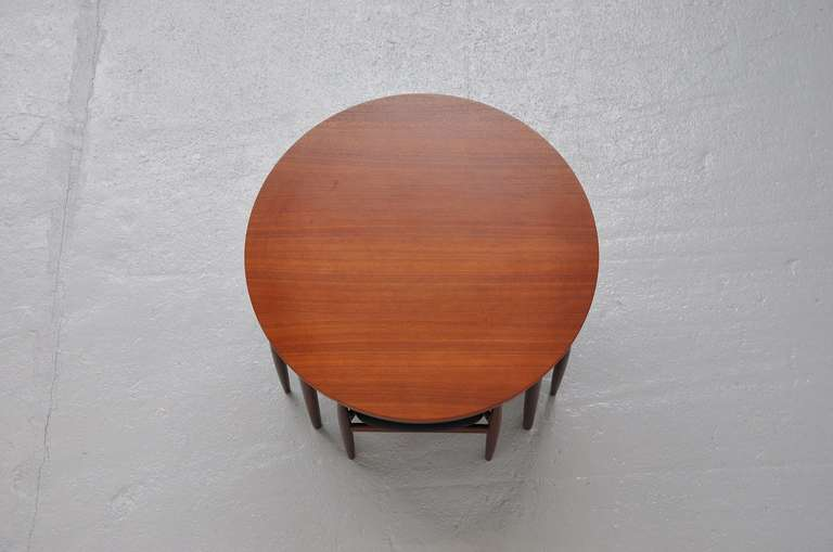 Hans Olsen Frem Rojle dining set in teak Denmark 1953 In Excellent Condition For Sale In Roosendaal, Noord Brabant