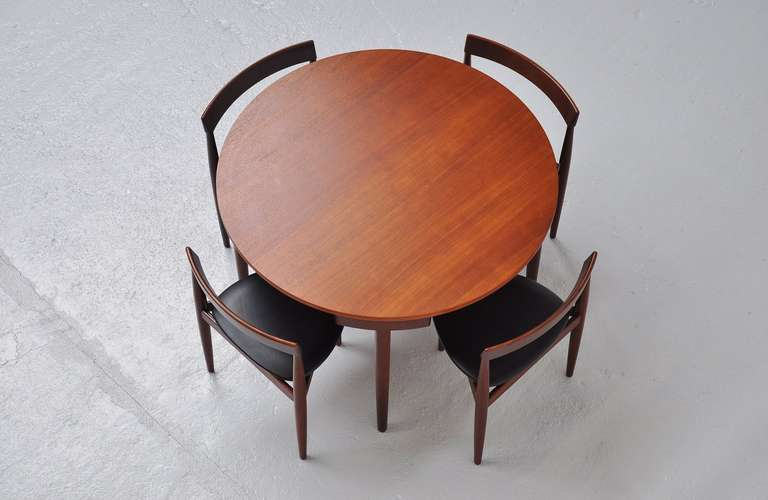 Mid-20th Century Hans Olsen Frem Rojle dining set in teak Denmark 1953 For Sale